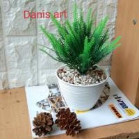Cemara palsu/ tanaman hias/ bunga plastik/ Cemara mini