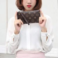Dompet Perempuan Warna Coklat Bahan Kulit Sintetis untuk Handphone