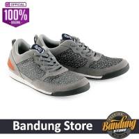 Sepatu Sneakers Pria Kuzatura - KSU 981