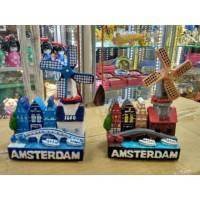 Souvenir Pajangan Miniatur Kincir Angin Holland Belanda