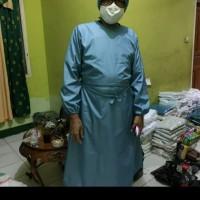 baju operasi / jubah bedah / jas dokter