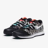 Sepatu Tenis Nike Air Zoom Vapor X HC - Photon Dust/White/Hyper Crimso