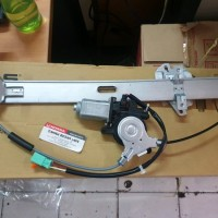 Motor Dinamo Regulator Power Window Assy Kaca Jendela Pintu Depan