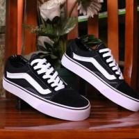 sepatu vans hitam putih pria wanita