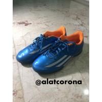 Adidas F5 Sports Cleats/Sepatu Bola/Sepatu Futsal/Sepatu Bola Original