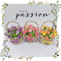 Jual Bunga plastik bunga artificial mawar dan pot rotan Diskon