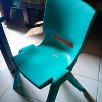 Kursi anak warna tosca