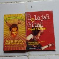 """Buku Belajar Main Gitar / Novel """"Radikus Makankakus"""" By Raditya Dika"""