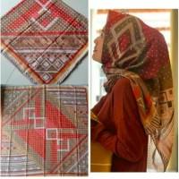 hijab kerudung segiempat / DEENAY KW BUENO MERAH BATA /ardhiva