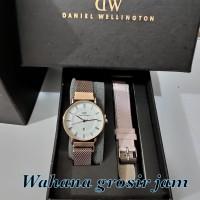 jam tangan wanita DW magnet Resogold free kulit