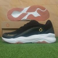 Ortuseight Abyssus (Sepatu Running Casual) - Black/Gold