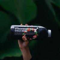 Strawberry Fields Cold Brew Bottle 1 Liter Es Kopi Kemasan Iced Coffee