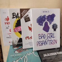 PAKET 4 NOVEL BAD GIRL PESANTREN LITTLE GIRL MELODYLAN DALAM DIAM