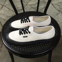 Sepatu Pria Vans Authentic 44 Dx Anaheim White Black Original