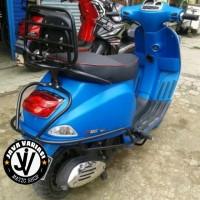 Crash Bar + Back Rack + Jok Sandaran untuk Vespa S &