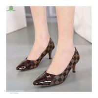 Sepatu Wanita Sepatu Cewek High Heels Lancip Motif Catur SP108