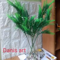 Tangkai cemara/ daun cemara plastik/ Daun hias palsu/ tanaman hijau
