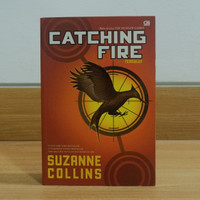 Novel - Catching Fire (Hunger Games #2) by Suzanne Collins