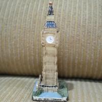 Patung Pajangan Miniatur Souvenir Bigben London