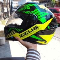 HELM FULL FACE ZEUS 806 STAR BLACK YELLOW GREEN