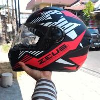 HELM FULL FACE ZEUS 811 STAR BLACK WHITE RED MATT