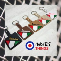 Gantungan Kunci Kotak/Leather Key Chain - Vespa