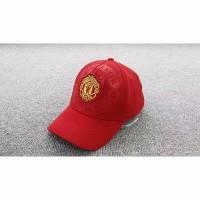 topi logo manchester united