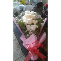 jual bunga mawar bentuk buket di kota bandung