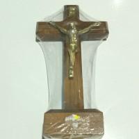 salib duduk kayu 15 cm