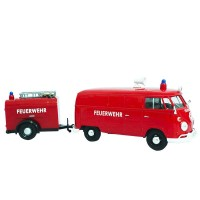 Mainan replika MOTORMAX VW Type 2 (T1) Fire Truck & Trailer 79671