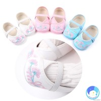 Baby Shoes, Baby Girl Chinese Style Embroidered Design Anti-Slip