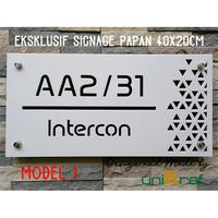 Papan Alamat & Nomor Rumah Modern Eksklusif - Acrilic / Persegi
