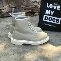 Dr.martens 13450 second Good condition 9.8/10