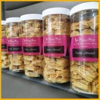 Pastry Almond Prima Rasa Bandung Kue Bolen Brownies Primarasa Kartika