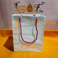 Paper Bag Kraft Putih ( P x L x T : 20 x 12 x 25 cm )