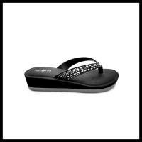 Pata - Pata Sandal Wanita Dinda Black - 5726150