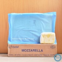 Keju Mozzarella Eurial / Mozzarella Cheese Eurial (5kg)