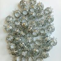 Charm / bandul logam bola indian silver 1.5*2cm (PER PCS)