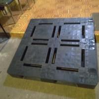 jual Pallet plastik bekas model flat 110x110x15 (Wajid)