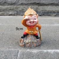patung pajangan sun go kong miniatur kera sakti