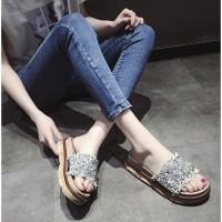Outdoor Ulzzang Slip Sandal Cewek Berlian Imitasi Pump Musim Panas