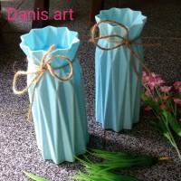 Vas bunga/ Vas termos tali/ vas plastik/ Vas unik