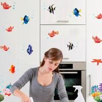 Mandi Anak_YAKES Stiker Dinding: Stiker Dinding Model Ikan Hewan
