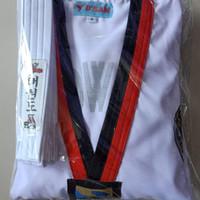 baju taekwondo pemula