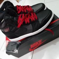 Nike Air Jordan 1 Retro High Satin Black ISTIMEWA!