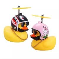 Boneka Pajangan Bebek Helm Kipas Baling Baling Pakai LED Dashboard Kuy