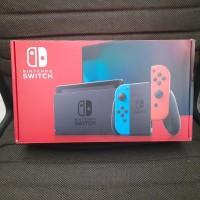 Box Nintendo Switch V2 Neon