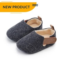 Sepatu Anak Bayi Laki-Laki Import Flat Shoes Prewalker Warna Hitam - S