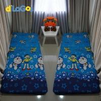 Sprei resleting sarung kasur busa karakter Doraemon aneka onderd