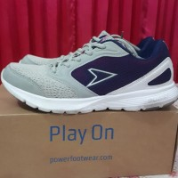Sepatu Kets ~ Preloved